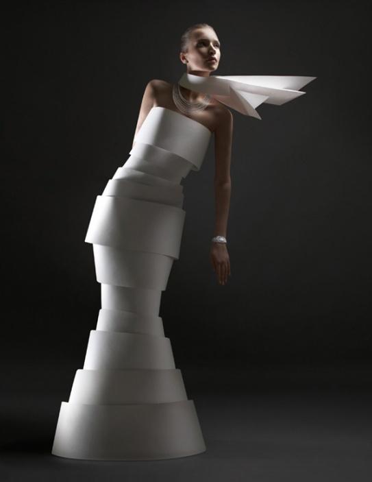 paper-fashion-by-alexandra-zaharova-and-ilya-plotnikov_3