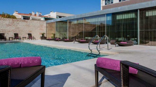 hotel lisbona con piscina