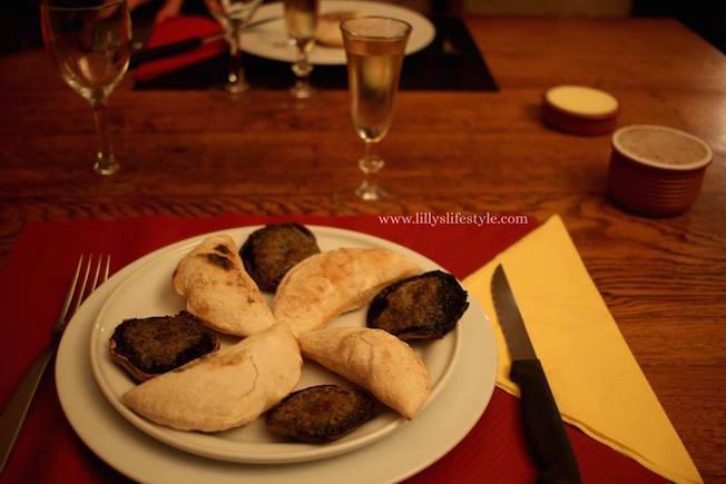 cosa mangiare in un ristorante troglodita francia