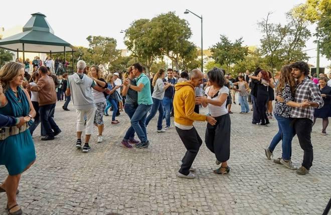 lisboa na rua ballare in giardino lisbona